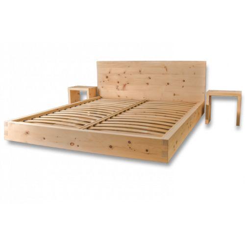 Letto in legno massiccio cirmolo