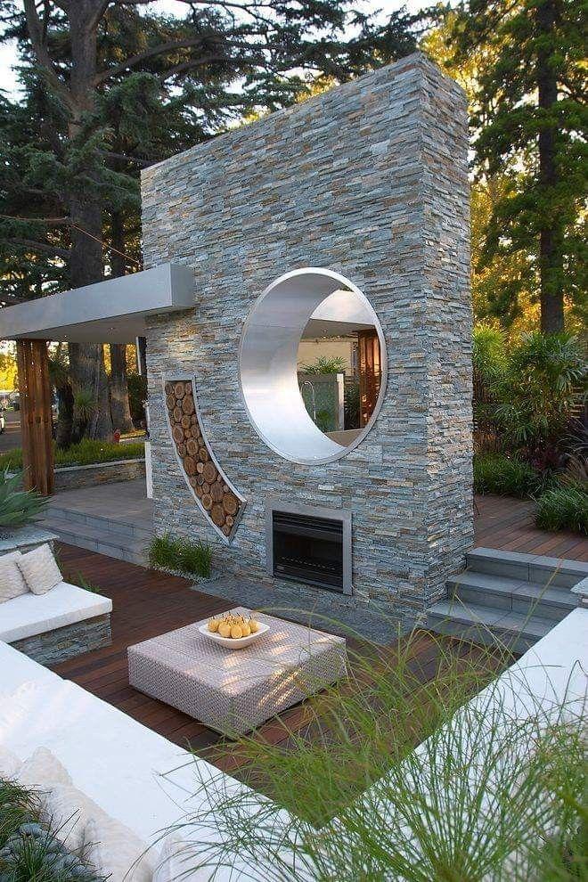 Epingle Par Alison Silene Sur Diseno De Jardin Moderno Fontaine De Jardin Moderne Amenagement Jardin Patio Contemporain