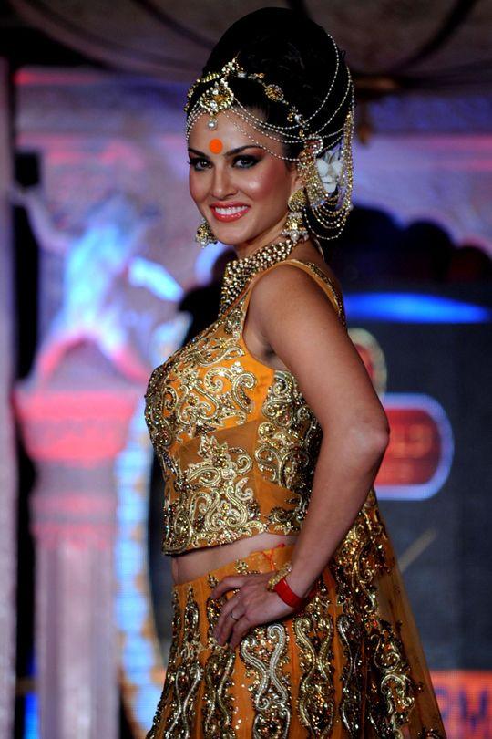 Sunny Leone #Bollywood #Fashion