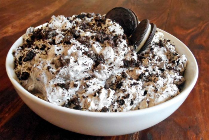 Oreo Fluff 3 smartpoints a serving!  Ingredients:  2 cups fat free cool whip thawed  1 small package fat free vanilla pudding (dry mix)  4 Oreo Cookies (crumbled and divided into 2)  Instructions:  mix cool whip and dry pudding mix until well