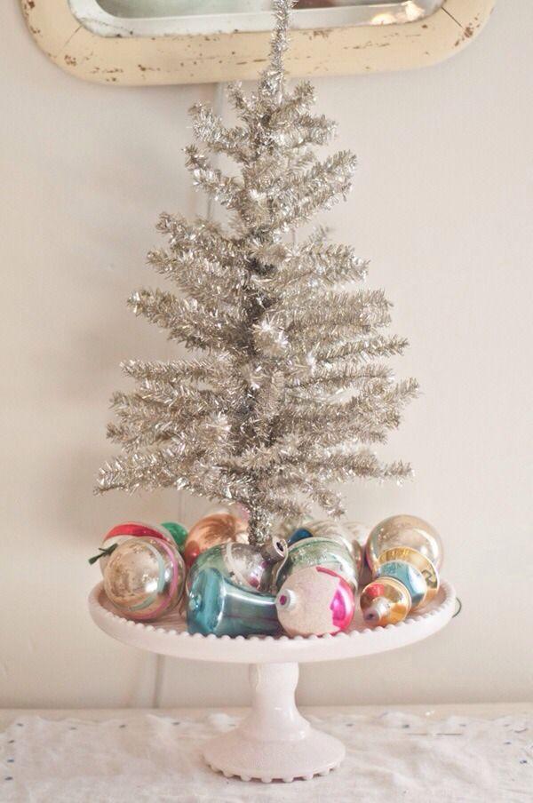 decorating idea mini tree on a cake