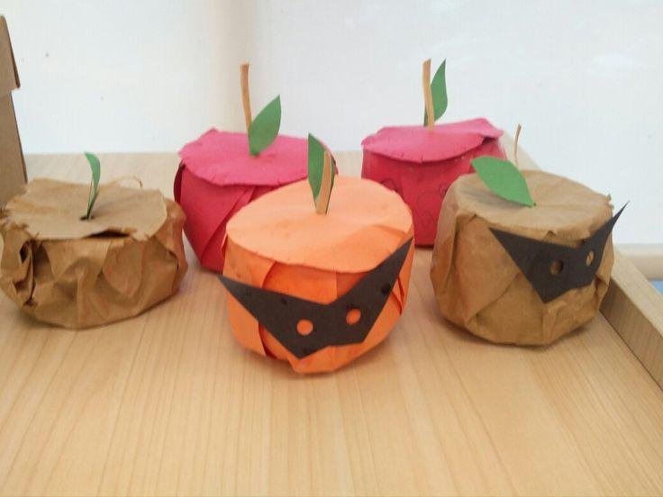 萬聖節要到了,不是只有南瓜可以過節,梨子,橙子,柚子,蘋果也都要來個,Halloween Spirit!