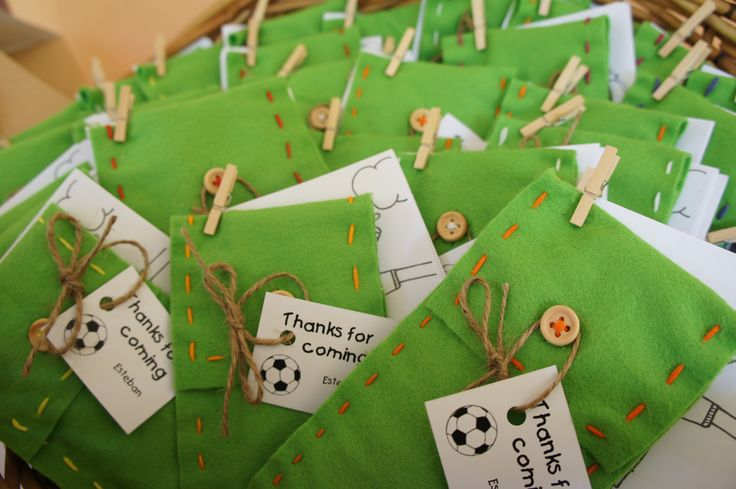 Soccer kids party - Party bags with thank you tag