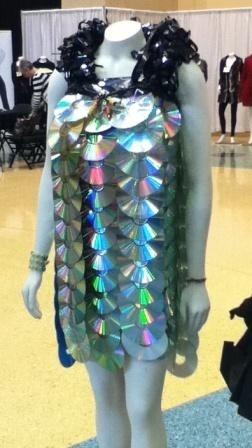 CDs dress