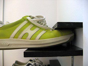 shoe rack.: Shoes, Ideas, Shoerack, Diy'S, Diy Shoe Rack, House, Closet, Small Spaces, Shoe Racks