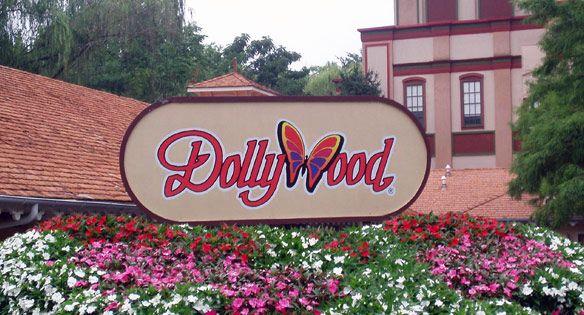 Gatlinburg attractions Dollywood, TN