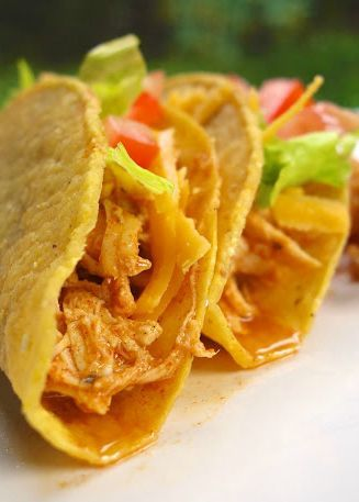 Coole Ranch Chicken Tacos {Slow Cooker} | Plain Chicken®