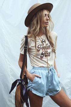 73a7466048ab graphic tee spring 2018 fashion style trends trendy shorts casual style