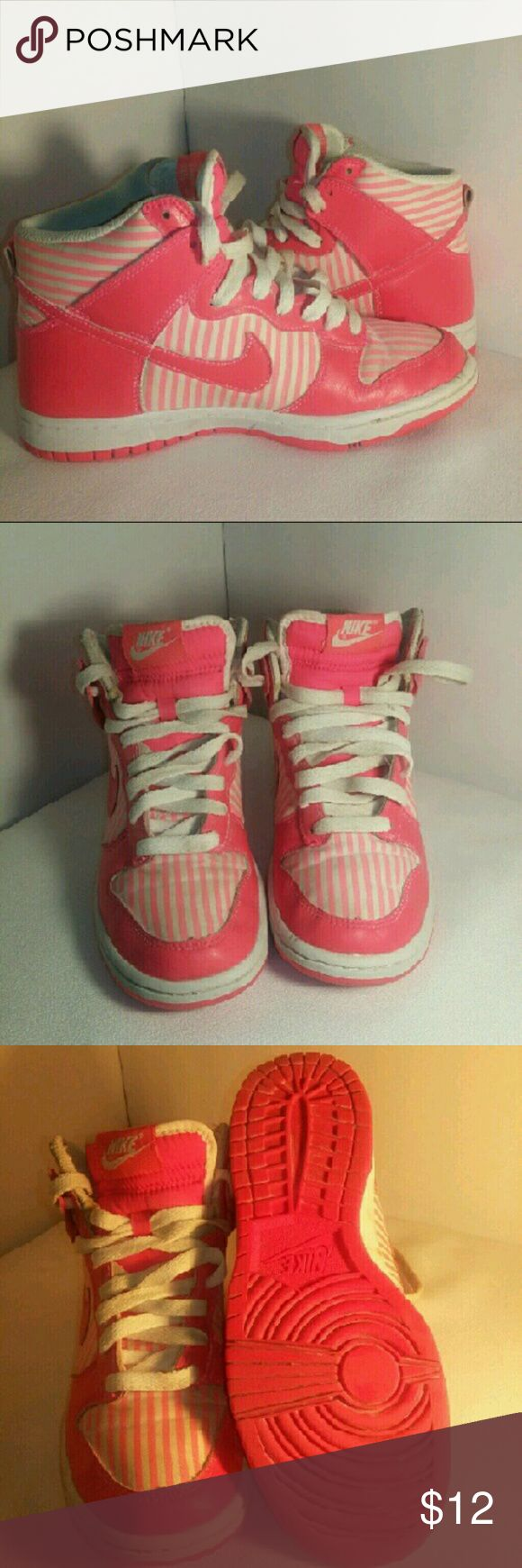 Nike Girls Tennis Shoes! Some ware but still in great shape!   Colors are white and coral.  Girl's size 6 Nike Shoes Sneakers