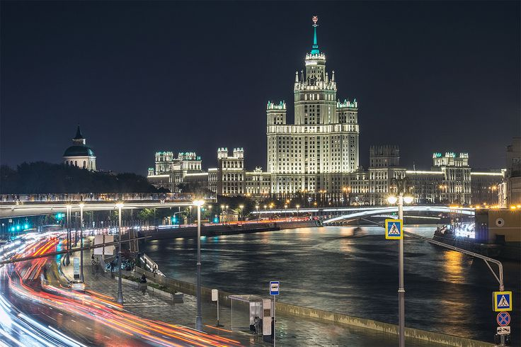 "https://flic.kr/p/CqEmKs | Kotelnicheskaya | Budynek banku Kotelnicheskaya, jedna z ""siedmiu sióstr"" Stalina w Moskwie. Kotelnicheskaya Embankment Building, one of the ""seven sisters"" of Stalin in Moscow.  Portfolio Facebook Instagram Steepshot"