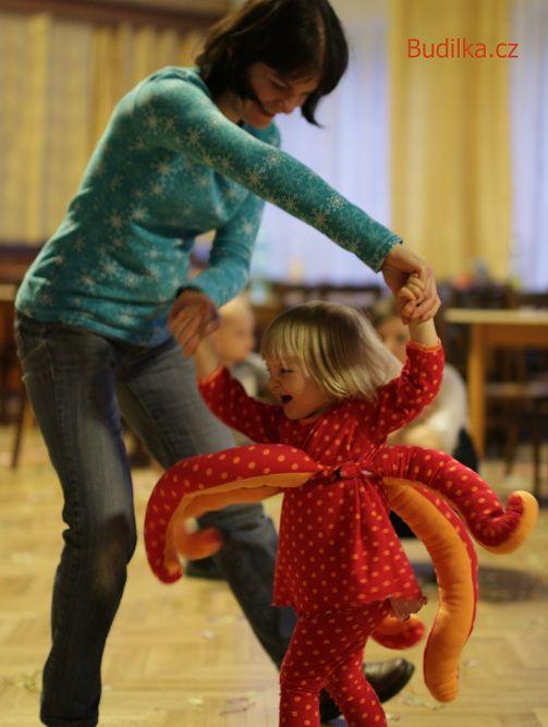 Chobotnice - kostým na dětský karneval ušitý doma - Budilka.cz