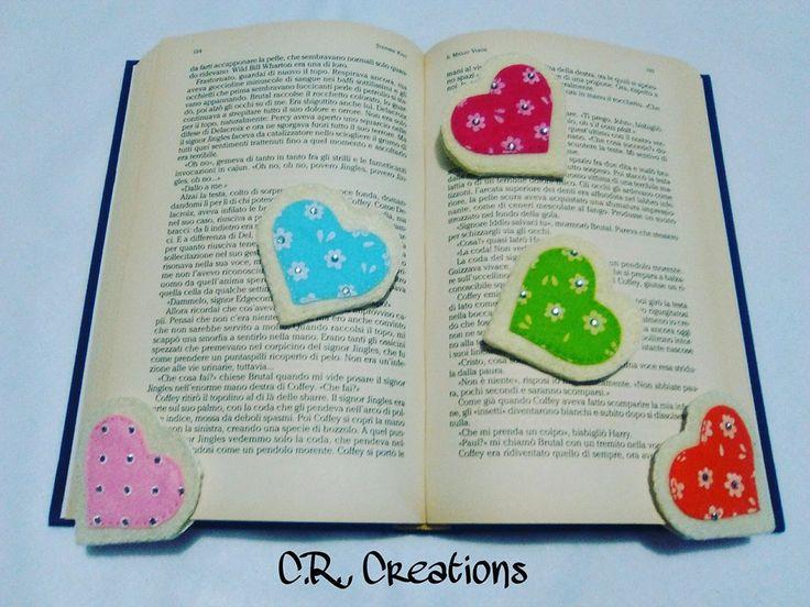 segnalibri a forma di cuore in feltro e pannolenci stampato #bookmark #segnalibri #felt #handmade #cuori #hearts