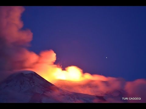 Etna New Paroxysm ! 21 may 2016 at dawn - Nuovo parossismo, alba 21 magg...
