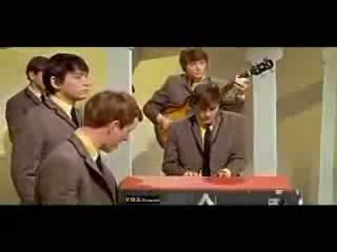 9-5 in 1964 - The Animals' House of the Rising Sun made it to #1. It stayed at the top until it was replaced three weeks later by Roy Orbison's Oh, Pretty Woman. Orbison's smash was just entering the pop charts on this day for a 14-week run....now how many of you who learned to play guitar did NOT play this one????
