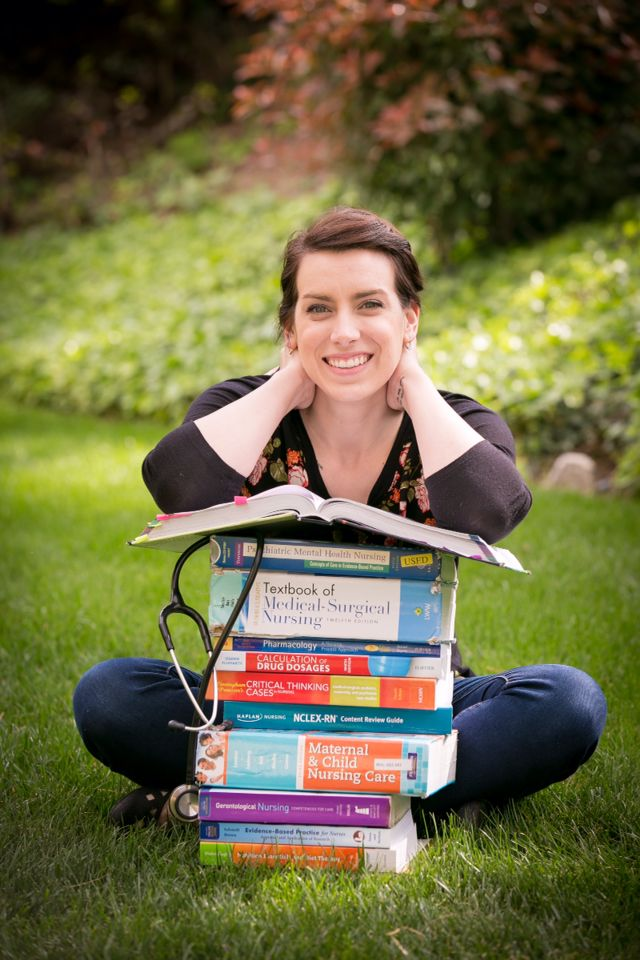 college graduation picture ideas for nurse - Best 25 Nursing graduation pictures ideas on Pinterest