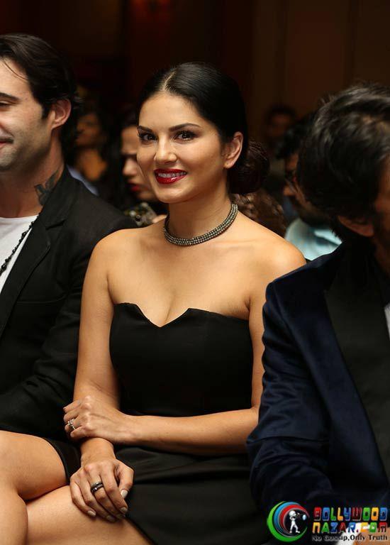 Sunny Leone & Sharman Joshi At Song Launch Of 'Fuddu'  #Bollywoodnazar #SunnyLeone
