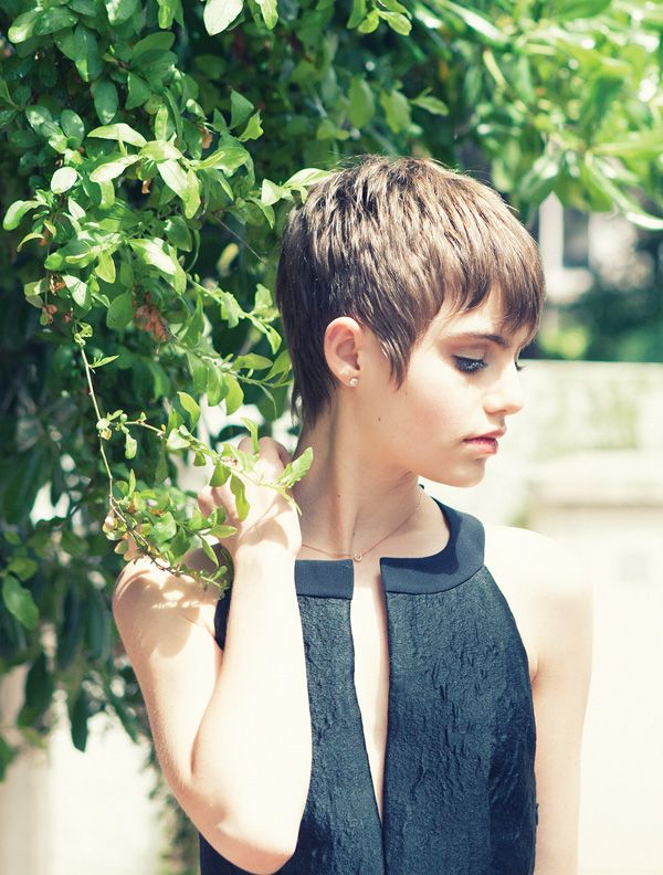 Actress and dancer Sami Gayle (Photo by Victoria Stevens)  Going to go for this style pixie next! :) Hopefully I can resist temptation (regarding getting it cut)... Should take about another month or so.