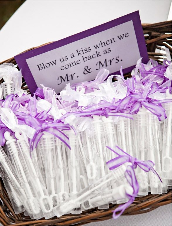 33 Awesome Wedding Favors For Your Guests Wedding Wedding