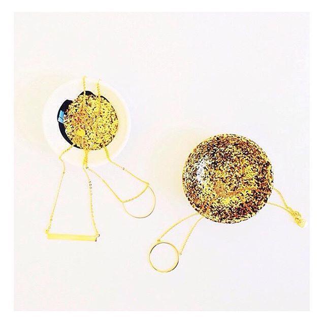 It's a gold necklace kinda day #finejewellery #layerednecklace #goldjewellery Shop now link in bio  #Regram via @correyandlyonjewellery