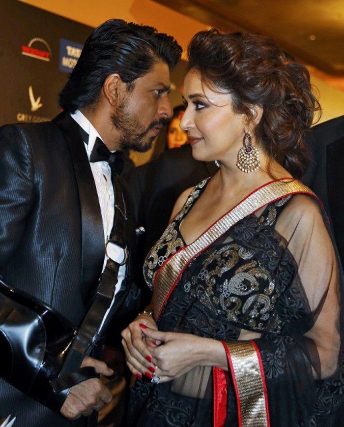 Shahrukh & Madhuri @ IIFA Awards 2013