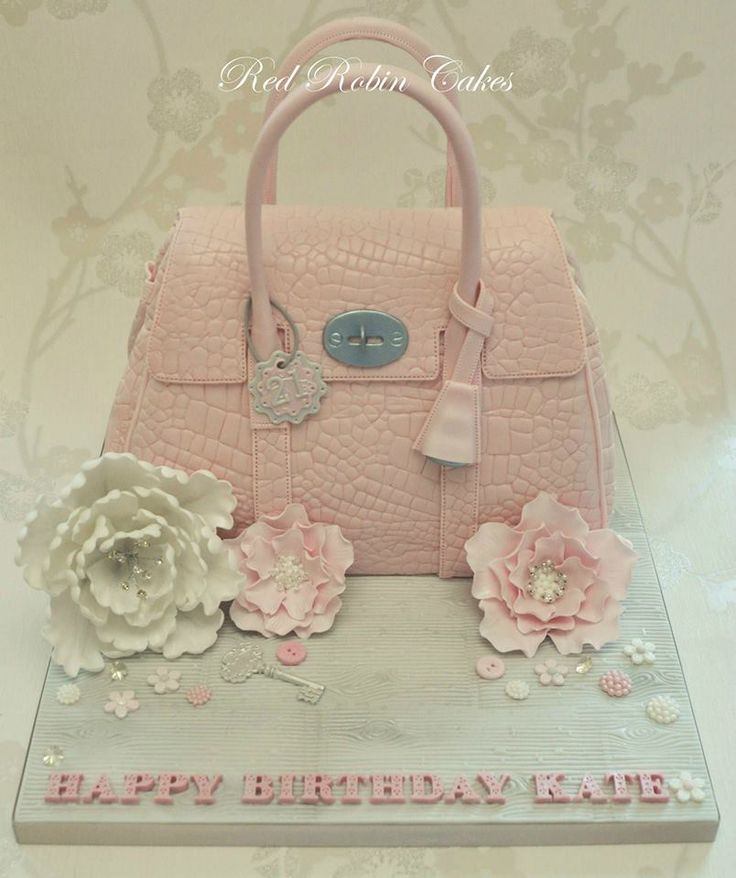 Handbag cake by Red Robin Cakes made with our Alligator Impression Mat