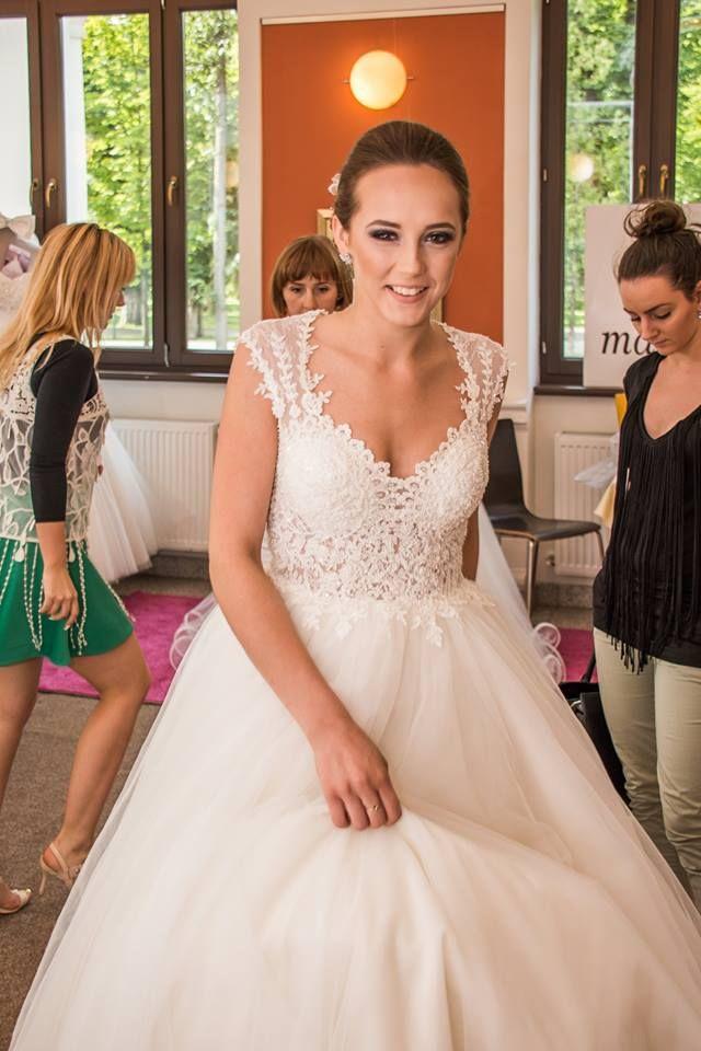Happy and Beautiful Maya Fashion Bride @ Wedding Casino 2015
