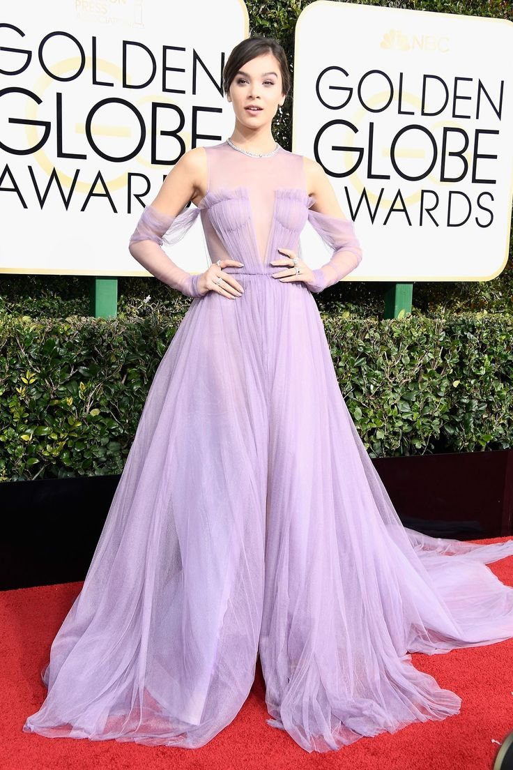 Golden Globes 2017 - Hailee Steinfeld  in Vera Wang Collection custom lavender hand-draped french tulle A-line off-the-shoulder gown with draped sleeve accents; Forevermark Diamonds jewelry.