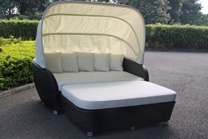 Davina Outdoor Day Bed with Canopy
