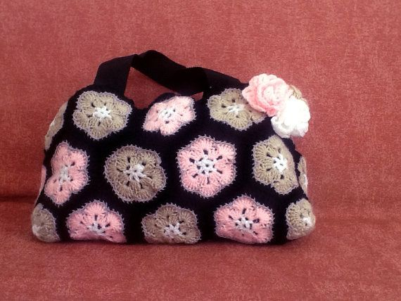 Crochet Flower bag crochet handbag crochet by Maisondesfleurs, €58.00 #handbag #flower #crochet #handmade