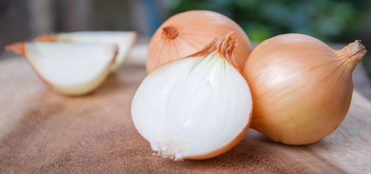 Jaké jsou zdravotní výhody slupky od cibule? Nevyhazujte ji!