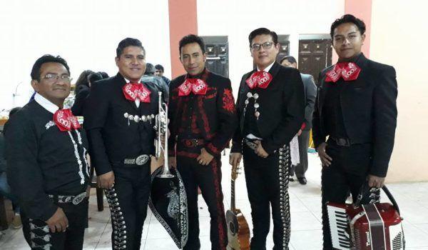 Mariachis en Quito con la mejor interpretación de música ranchera mexicana en Quito Capital del Ecuador con su MARIACHI QUITO AZTECA. Wsp. 0984079517