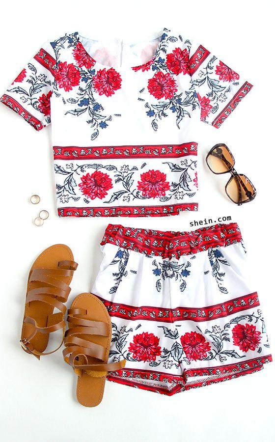 Floral Print Crop Top & Shorts Set