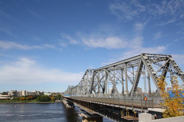 Alexandra Bridge, Ottawa, Canada