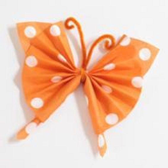pliage serviette forme papillon