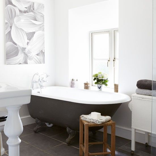 Get The Look With These Traditional Bathroom Ideas: Lavish Brighton Penthouse On The Market For £700,000, But