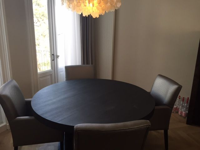 17 beste idee n over stoffen stoelen op pinterest for Verschillende kleuren eetkamerstoelen