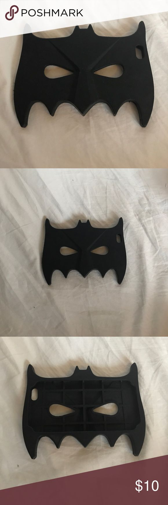 Batman 🦇 Mask IPhone 📱 6Plus Case Batman 🦇 Silicone Mask IPhone 📱 6Plus Case. This one is one ☝🏼 of my favorites! #'s tech, accessories, Accessory, phone, case, IPhone, apple, Mac, batman, D.C., superhero, sale, sell, priced to sell 🛍❤️🐱 Accessories Phone Cases