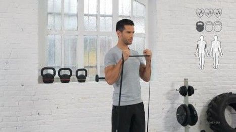 <p><b><u>OBJECTIF</b></u></p> Se muscler et gagner en puissance.          <p><b><u>MUSCLES TRAVAILLES</b></u></p> Biceps.  <p><b><u>REPETITIONS</b></u></p> 3 fois 15 répétitions. Prenez 30 secondes de récupération entre les séries.          <p><b