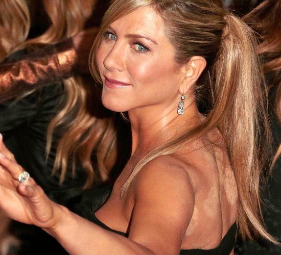 Best (or Worst?) Celebrity Makeup Fails – Even wit…