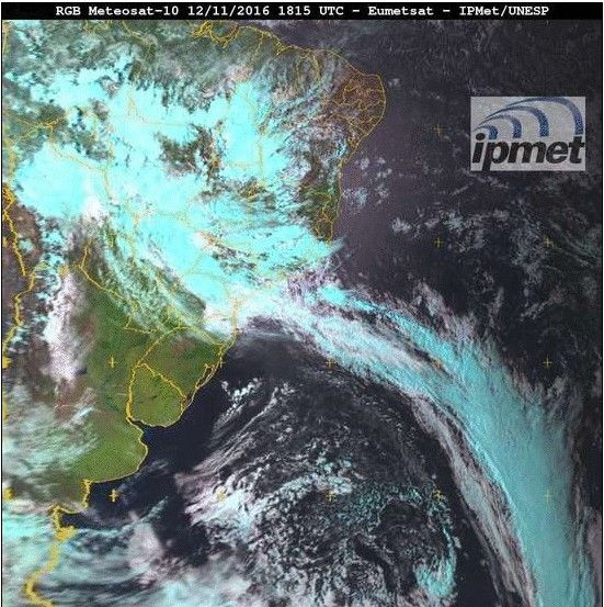 Mantida a previsão de chuva para Botucatu no feriado -     Entre domingo este domingo (13) e segunda-feira (14), áreas de instabilidade oriundas de oeste (interior do continente), deixarão o tempo nublado e com chuvas/trovoadas que serão generalizadas sobre o estado de São Paulo. Na terça-feira (15/11), o tempo melhora na maior parte do inte - http://acontecebotucatu.com.br/geral/mantida-previsao-de-chuva-para-botucatu-no-feriado/