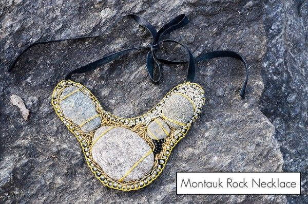 Preserve a piece of your outdoor wedding site in a necklace | Offbeat Bride