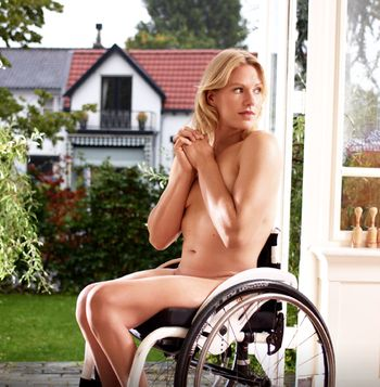 Media dis&dat: Wheelchair tennis player Esther Vergeer poses nude for ESPN magazine body issue