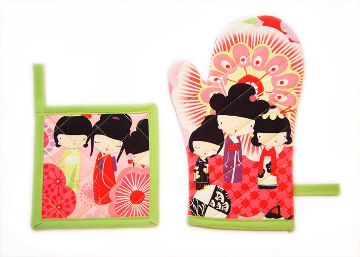 Green and Pink Japanese Dolls Kawaii Kitchen Set by Pornoromantic
