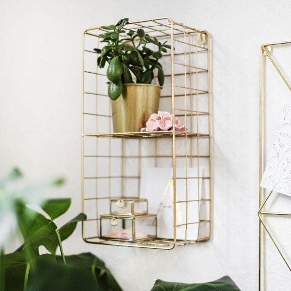 Here Comes The Gorgeous Golden Wire Shelf For The Wow Effect In Your Home If Horizontally Or Vertically Placed On The Wa Wire Wall Shelf Wire Shelving Shelves