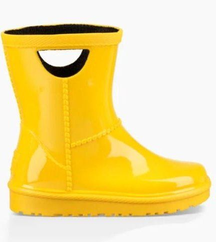 Wet days don't have to mean dreary afternoons. Check out these durable (and adorable!) toddler rain boots, built for whatever Mother Nature throws your way.