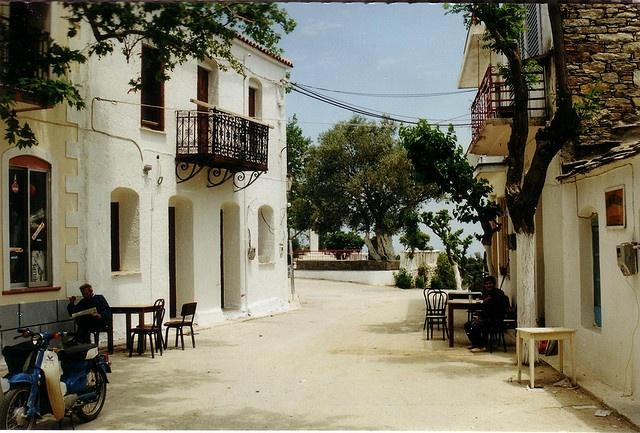 Christos, Raches