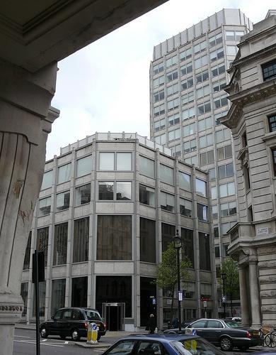 Economist Buildings, London - Architects: Alison & Peter Smithson, 1964