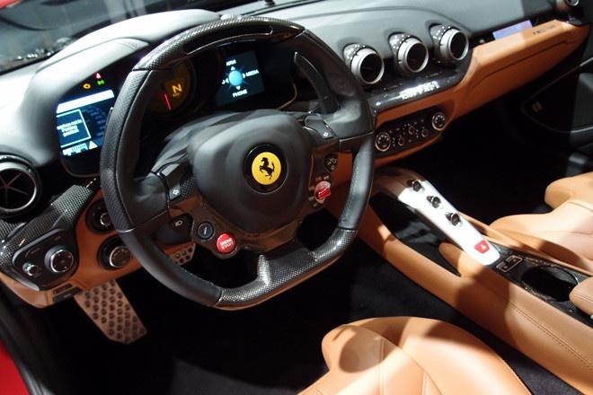 フェラーリF12ベルリネッタ
