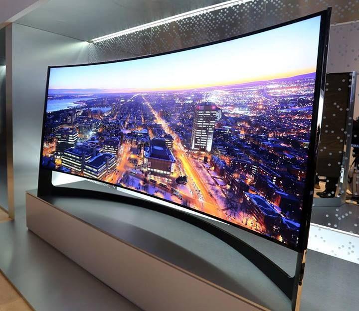 Samsung TV UHD Incurvé 105' @myrt420 our next purchase after the irobot
