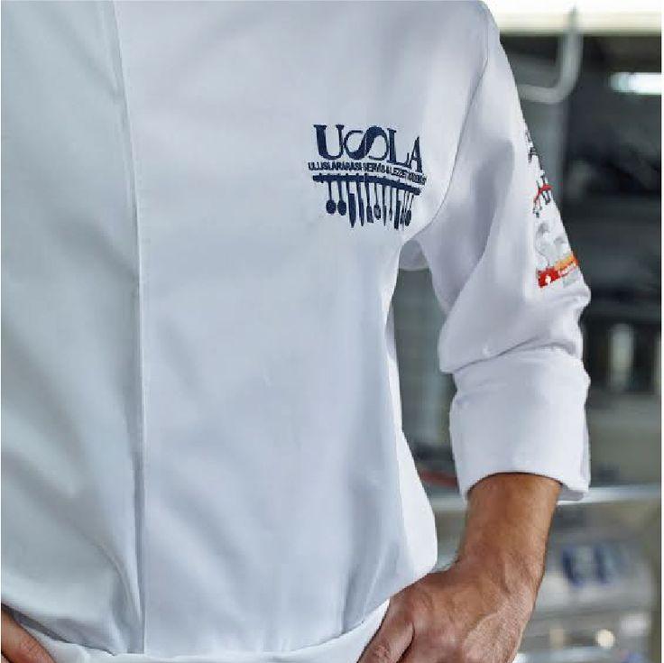 Tanıtım turu kapsamımızda İzmir Dokuz Eylül Üniversitesi'nde ana sponsoru olduğumuz #uslailekariyer mutfağı etkinliğinde 23-27 Mart tarihleri standımızı ziyaret edebilirsiniz. #usla #uslaakademi #career #kitchen #chef #education #cook #pastryandbakery #roadshow